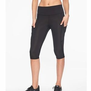 Athleta Black All In Crop - S